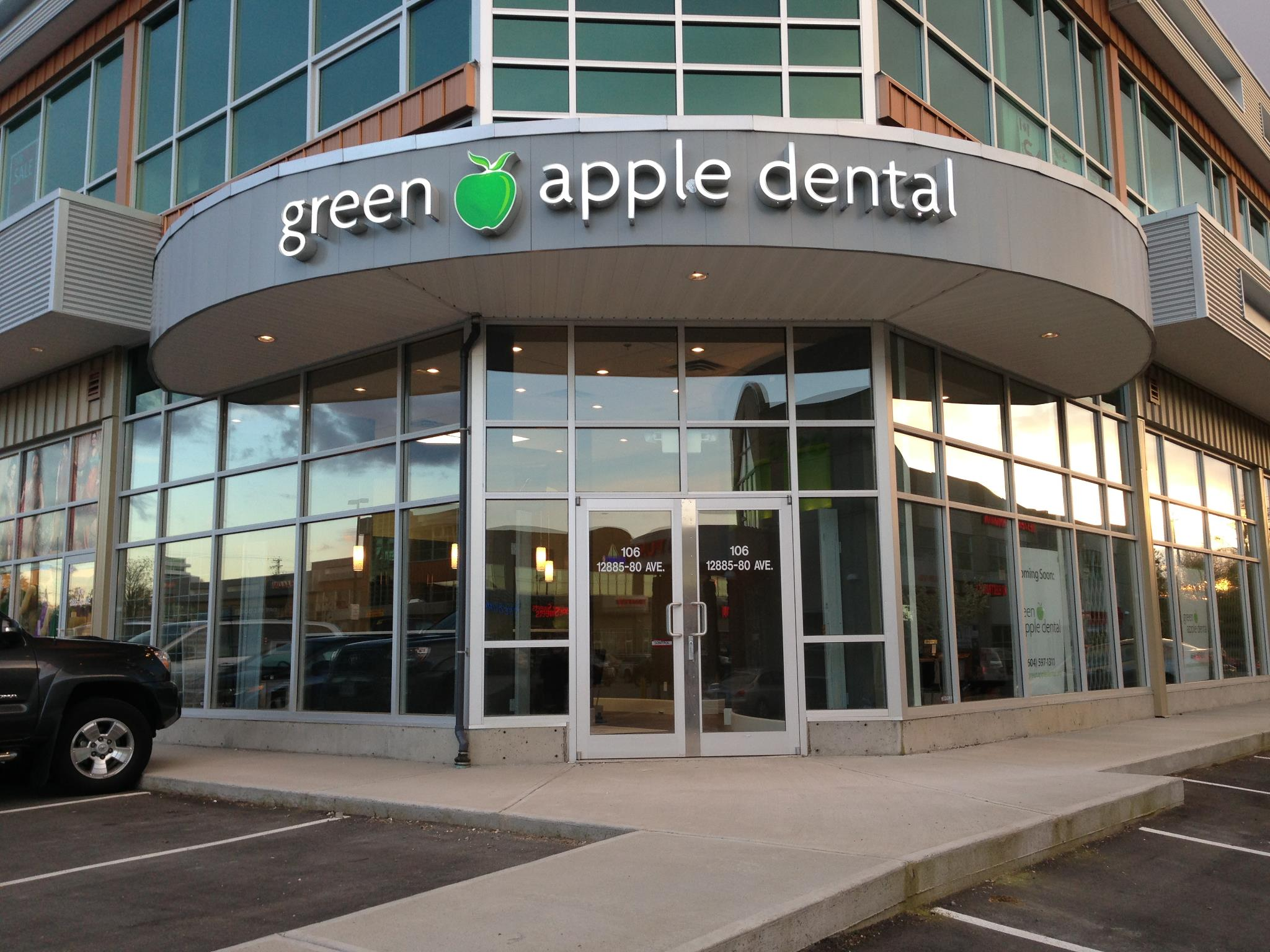 Green Apple Dental